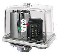 Реле давления FF4-8 0,5-8,0 бар 1x220 В 4 А G3/8 (внутр.)